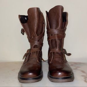 New Steve Madden Brown Combat Boots - Bounti